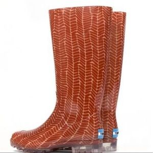 Toms red white rubber rain boots size ladies 7